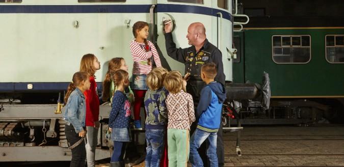 Het Spoorwegmuseum, tijdens dit schoolreisje ga je leren en plezier maken tegelijk!